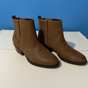 Kenneth Cole Reaction Raw Land Brown Booties